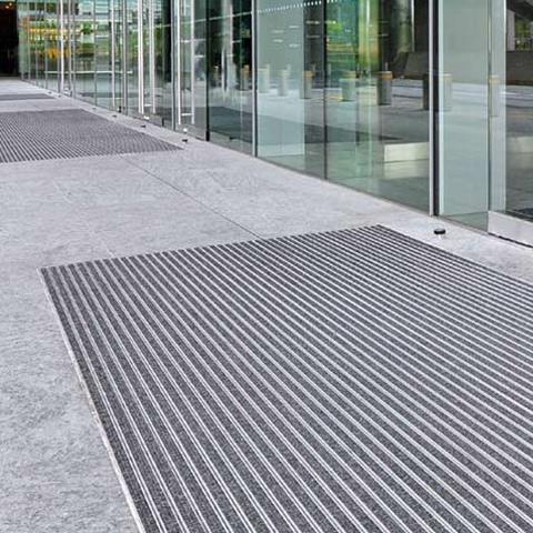 tapis aluminium
