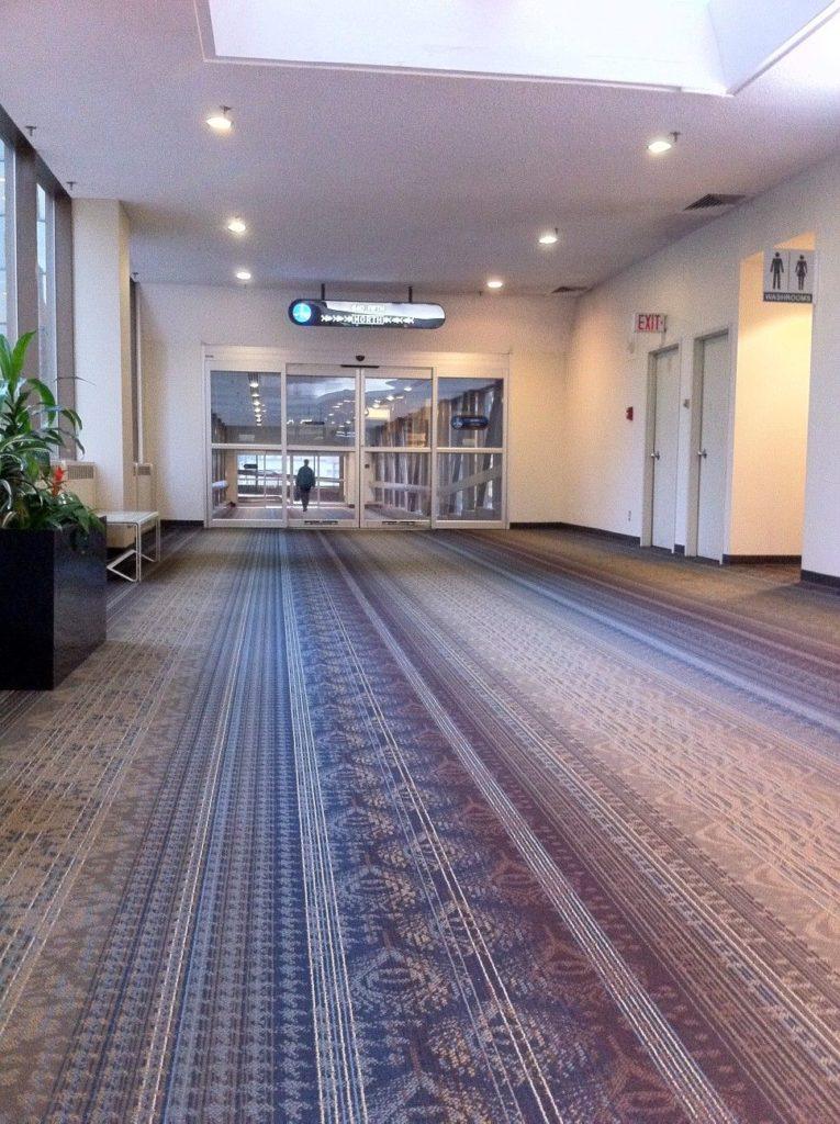 tapis couloir immeuble